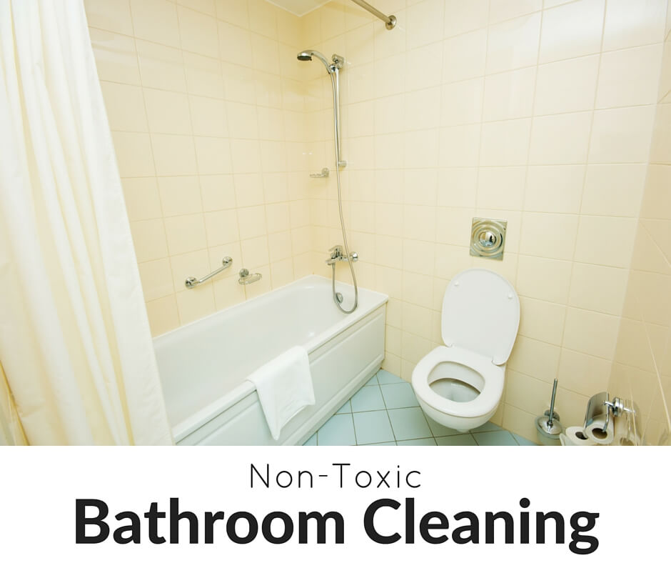Come learn our favorite ways to spring clean your bathroom this year (non-toxic recipes PLUS a free checklist)!- Scratch Mommy