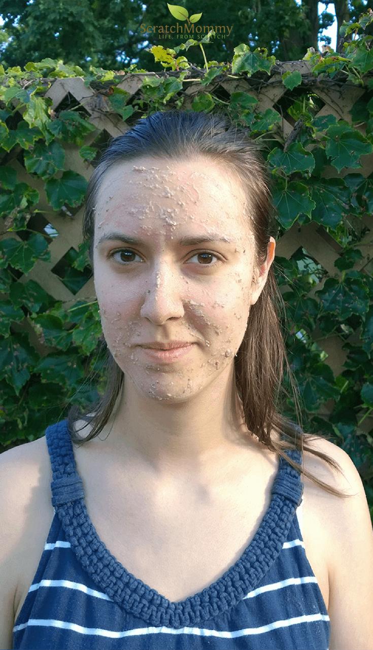 DIY Fruit Facial Recipe (face mask + juice recipe, too!) | Scratch Mommy